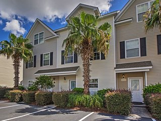 NEW! 3BR North Charleston Townhouse w/Water Views!