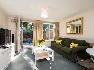 London House, Ideal for Wimbledon Tennis Fortnight Putney,Garden, Parking