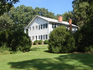 Historical Summer Home in Charlottesville