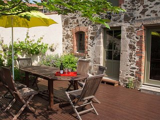Attractive dining terrace