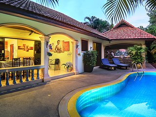 Beautiful Private Pool Villa, 2 mins from Beach!, Rawai