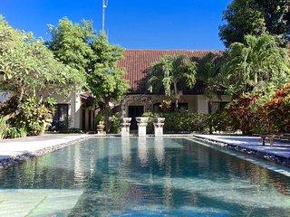 2 BDRM Sayang Taman Villa 9B