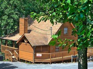 Rustic Villa Country Pines Resort (2)
