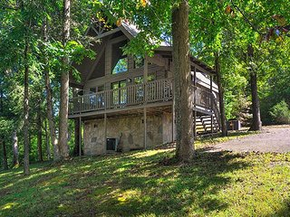 Tucked-Away - Country Pines Resort (2), Sevierville