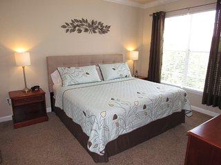 Relaxing Retreat 2 Bed/2Bath Condo, Near Disney, Davenport