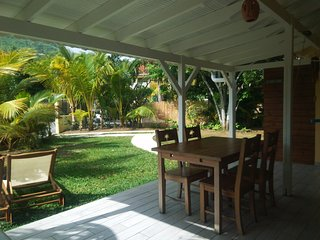 Creole Cottage 50m from the Beach- Swimming Pool
