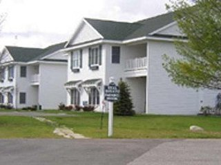 Charlevoix Country Club Condo, 2BR, 2BA