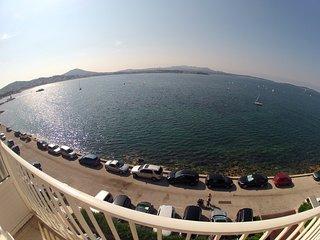 Appartement face à la mer, proche des plages et du centre ville, au calme