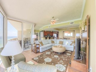 Picturesque Condo with 3 Bedrooms and Beautiful Gulf View, Panama City Beach
