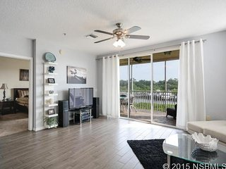 New 2/2 Condo Intercoastal Waterway New Smyrna Bch, New Smyrna Beach