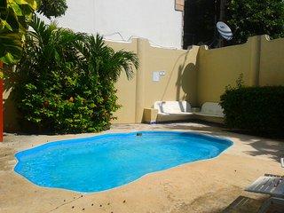 Cozy apartment 2 blocks from the ocean!, Playa del Carmen