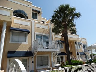 Royal Mansions Direct Oceanfront Deluxe Condo! ~ RA86568, Cap Canaveral