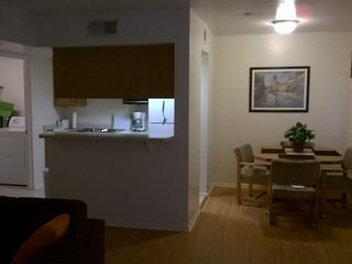 2BEDROOMCONDO2BATHNEXTTOSUNCITIESINSURPRISE, Surprise