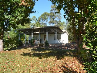 Oak Cottage - Kiaroo Estate
