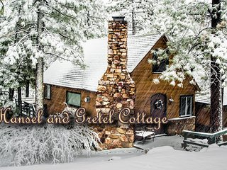 Hansel And Gretel Cottage, Big Bear City