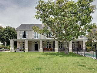 Large, social Constantia home