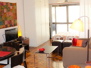 Budget Studio in Barrio Norte/Recoleta WIFI+A/C, Buenos Aires