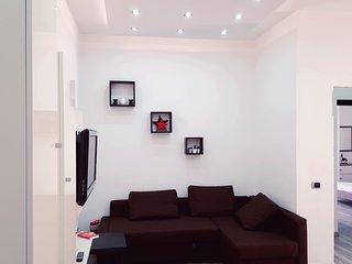 """Nuova""""CASA MARIA"""",posizione strategica,grandi camere,ogni confort,ALL INCLUSIVE., Torre del Greco"""