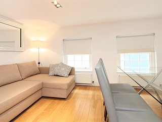 Paula Apartment (CG12), London