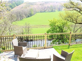 Riverside Cottage 3 miles from Llangollen