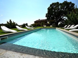 Detached villa with private pool 80km from Rome. Great views on the vineyars.