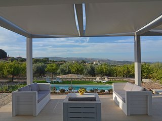 Villa Luxury Mennula-Con Piscina Vista Mare e Noto