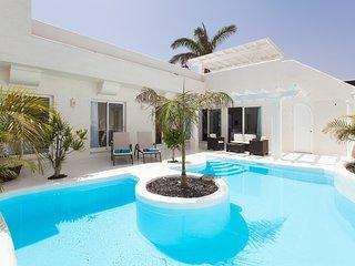 Villa Sasha, Piscina Jacuzzi y Coche 4x4, Corralejo