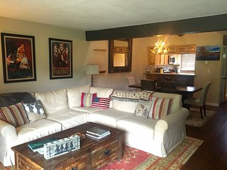 BEAUTIFULLY APPOINTED CONDO ON GOLF COURSE WITH PRIVATE FISHING, NEAR SKIING!, Carbondale