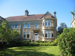 Large Edwardian family house sleeps 10, Bath