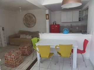 Casa em condomínio 100 MTS da praia, Búzios