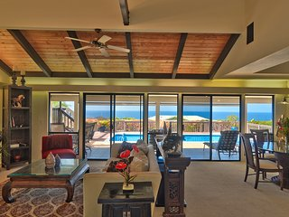 Panoramic Ocean View,  3 Bedroom, Close-In, Private Pool/ Hot Tub