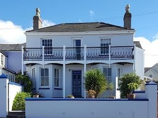 Marine House, period charm with spectacular Coastal Views