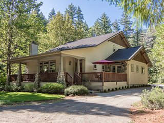 The McKenzie River Getaway