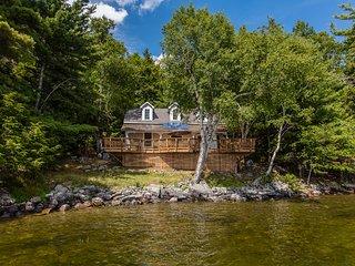 Classic Muskoka Cottage Getaway