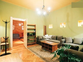 Charming Flat between Museum, Market and Szimpla