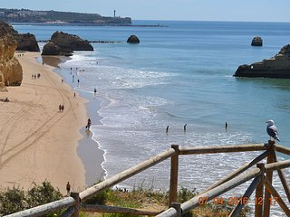 Cosy apartment, wi-fi, a/c, 500 mts from beach, Praia da Rocha