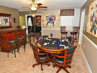 SPACIOUS 8BD Pool Hm Game Rm