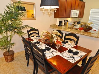 Disney On Budget - Bella Vida Resort - Beautiful Relaxing 3 Beds 3 Baths