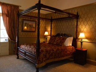 Bli Bli House - The Balmoral Suite