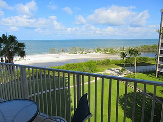 Direct Gulf Oceanfront Condo, Fort Myers Beach