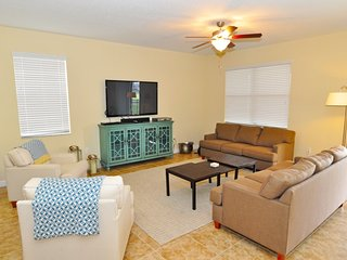 Family-Friendly Home near Disney w/ WiFi, Pool, LCDTV, Resort Golf, Tennis & Gym