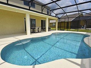 6 Bed villa in Providence 2256CA