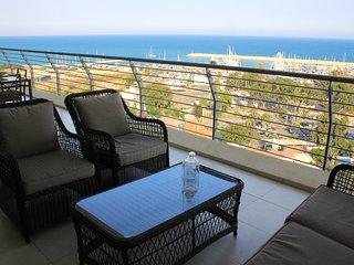 3b Large Lux Seaview apartment - Finikoudes Beach