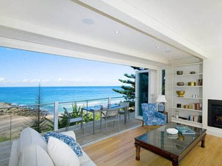 ***WINDSONG ON THE BEACH***Palm Beach Holiday Rent