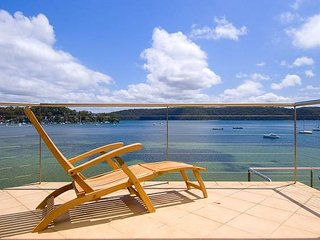 ***PITTWATER SERENITY***Palm Beach Holiday Rentals