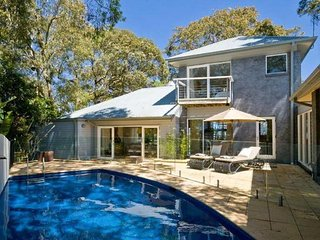 ***SPLASH*** Palm Beach Holiday Rentals, Whale Beach