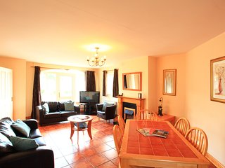 Killarney's Holiday Village - 3 bed house for 5