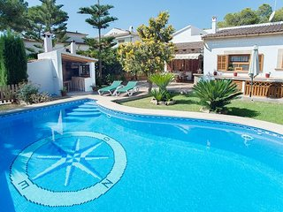 Beautiful house with covered terrace, garden, pool, Sa Rapita