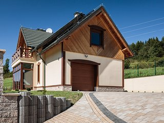Cottage Eliza- Picturesque Hillside Chalet, Szczawnica