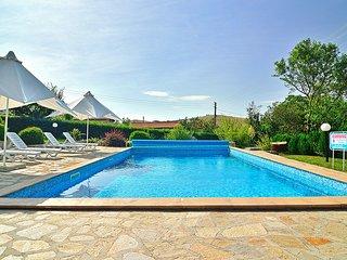 Royal Villas *Private pool * Sunny Beach